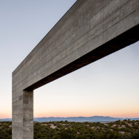 sundial-house-specht-architects-new-mexico-sante-fe-desert-home-southwest-usa_dezeen_4