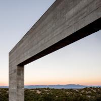 sundial-house-specht-architects-new-mexico-sante-fe-desert-home-southwest-usa_dezeen_4