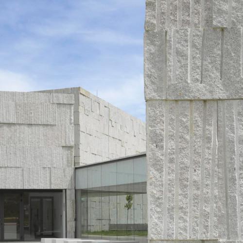 verin-arts-center-zooco-estudio-architecture-cultural-spain_dezeen_936_col_5