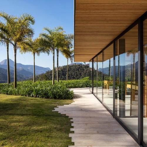 brazillian-house-bernardes-arquitetura-architecture-residential_dezeen_2364_col_3