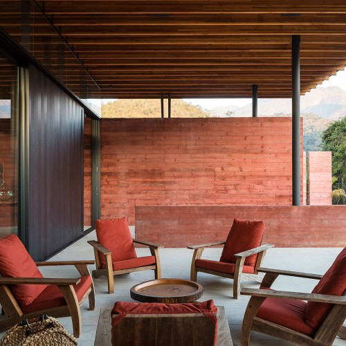 brazillian-house-bernardes-arquitetura-architecture-residential_dezeen_2364_col_4