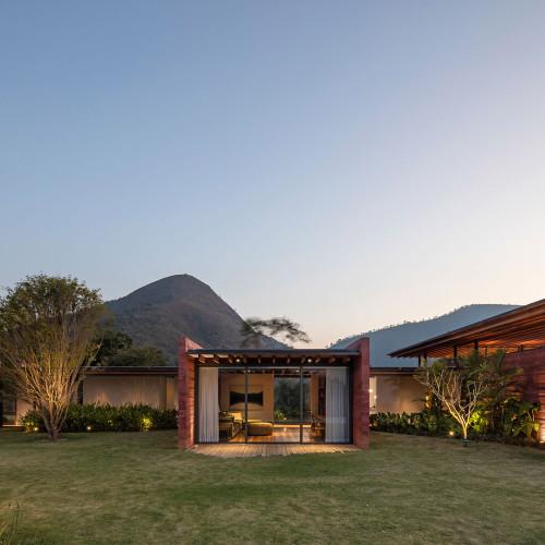 brazillian-house-bernardes-arquitetura-architecture-residential_dezeen_2364_col_8