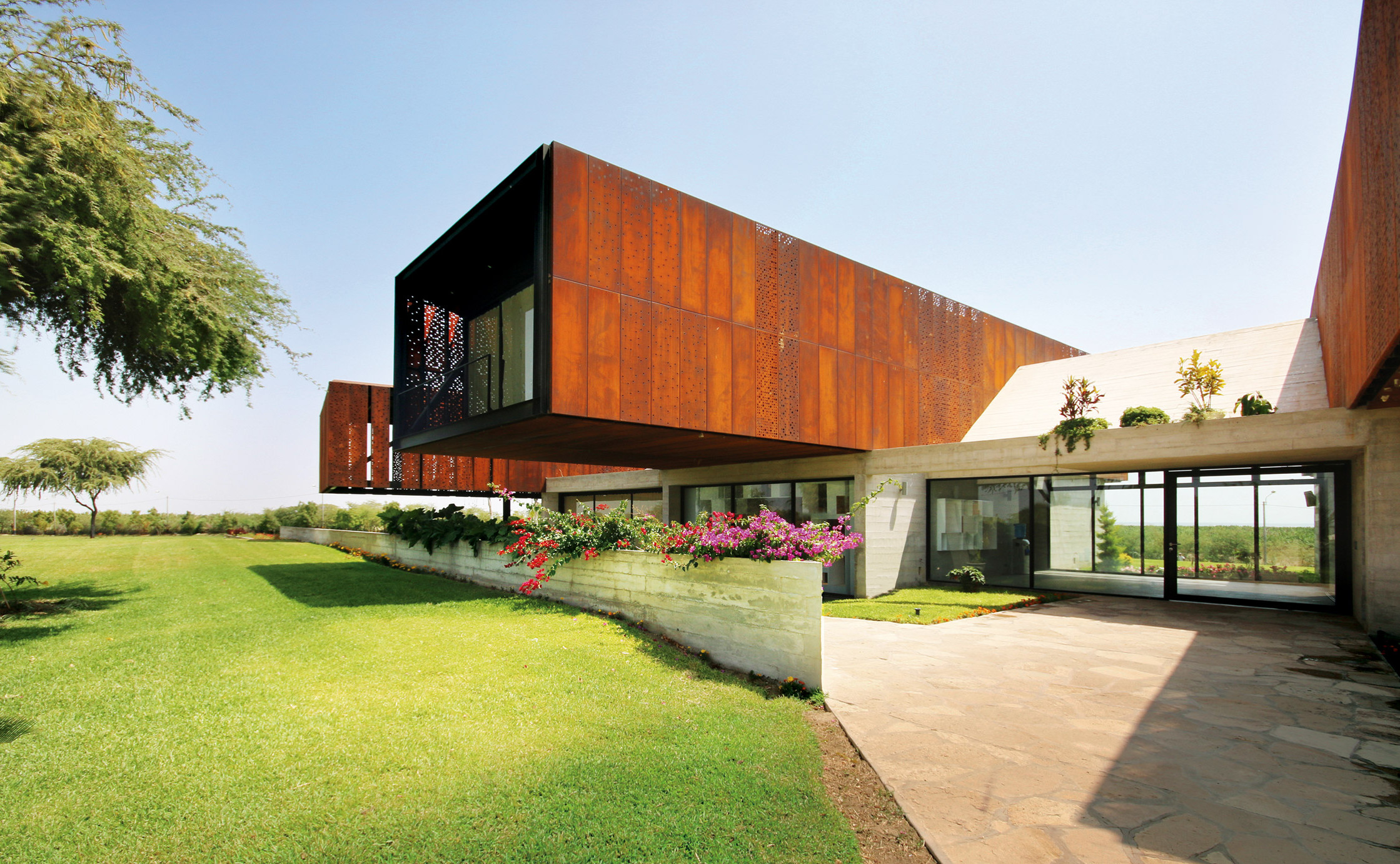 casa-n-cheng-franco-architects-architecture-residential-peru_dezeen_2364_col_0