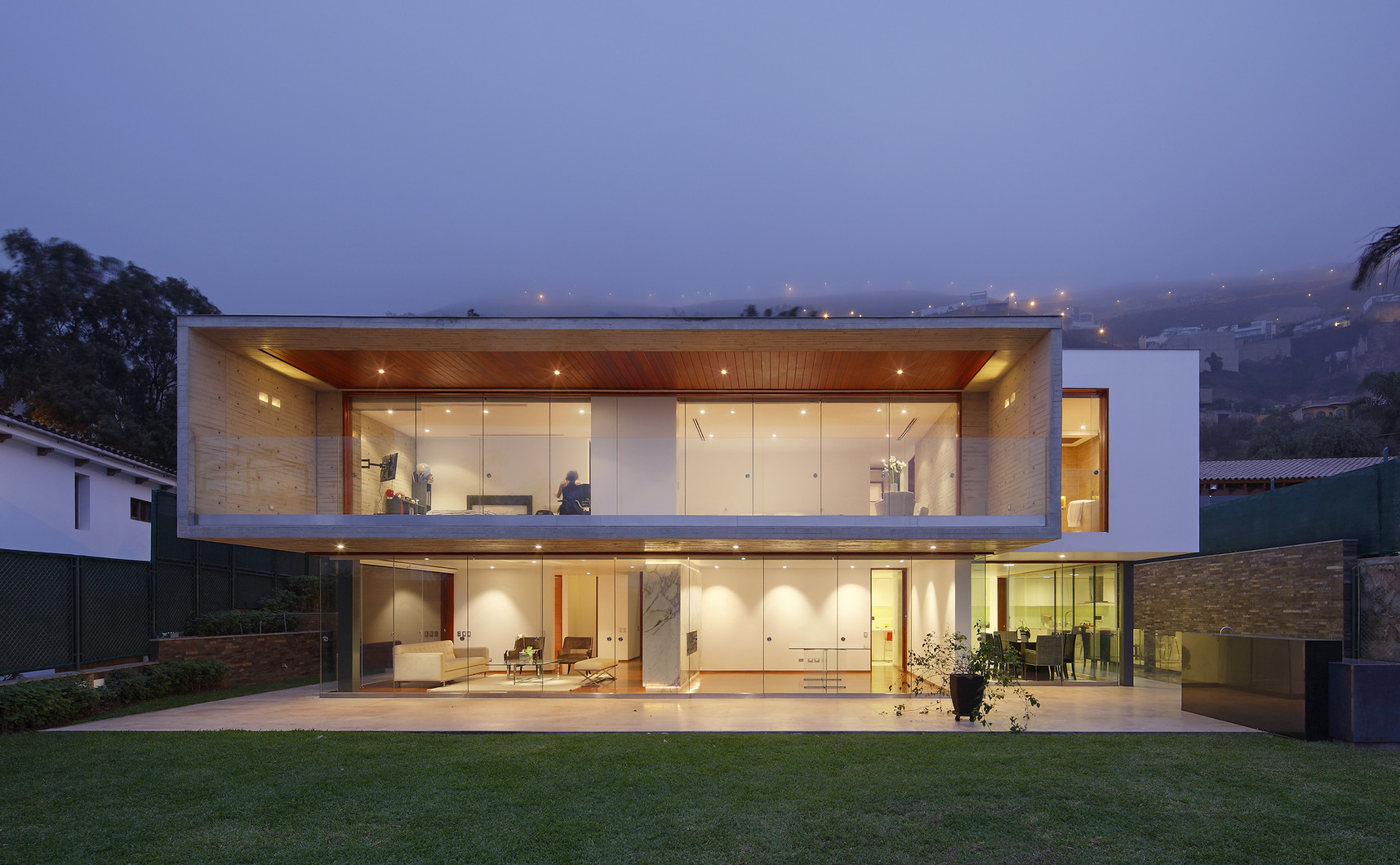 House on the Top / Metrópolis Oficina de Arquitectura