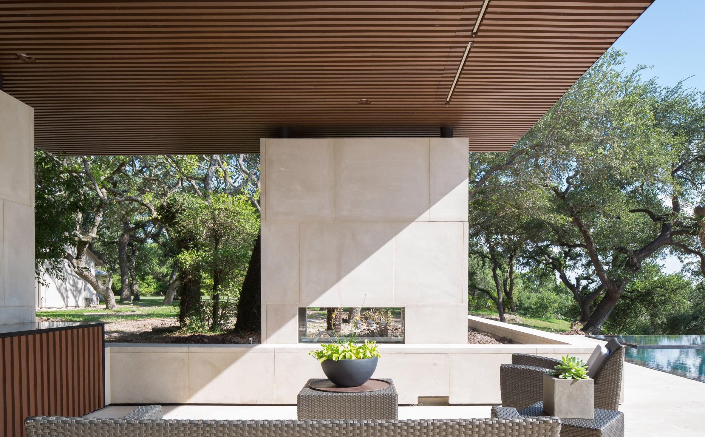 la-grange-pavilion-murray-legge-architecture-leonid-furmansky_dezeen_2364_col_9