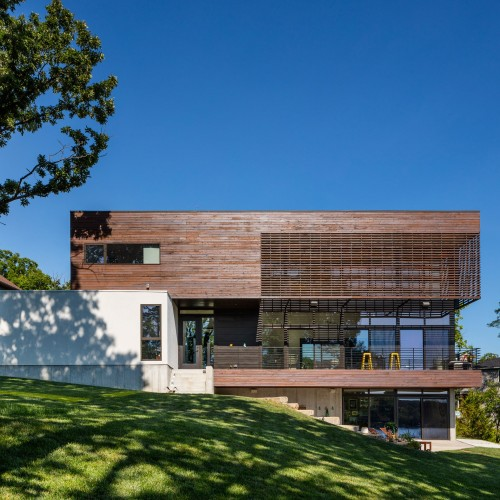 modern-lodge-kem-studio-architecture_dezeen_2364_col_16