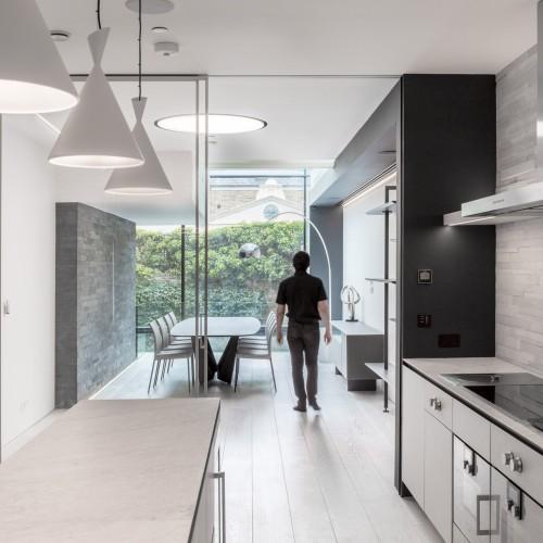 victorian-remix-guarnieri-architects-architecture-residential_dezeen_2364_col_11