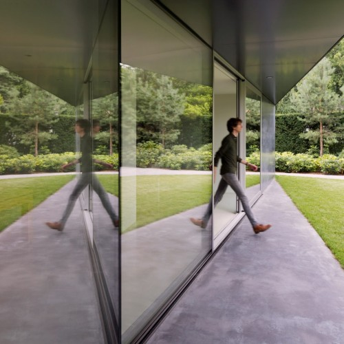 villa-x-barcode-architecture-residential-netherlands_dezeen_2364_col_5-1704x1136