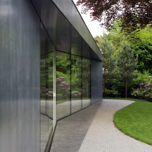 villa-x-barcode-architecture-residential-netherlands_dezeen_2364_col_7-1704x2272