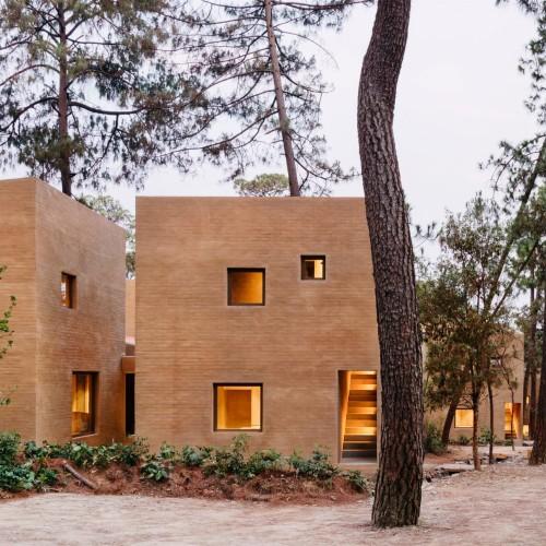 entre-pinos-house-by-taller-hector-barroso_dezeen_2364_col_3-1704x1290