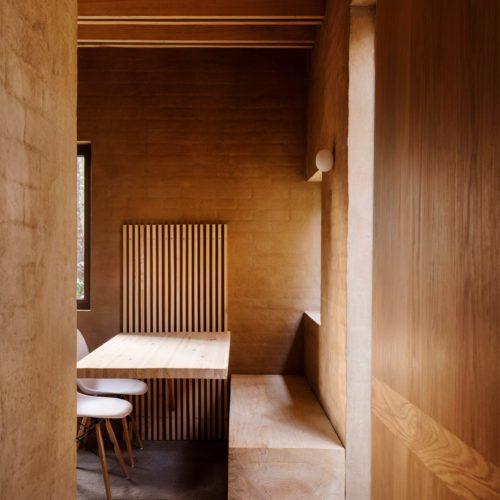 entre-pinos-house-by-taller-hector-barroso_dezeen_2364_col_4