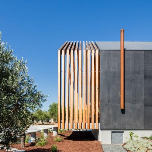 house-ourem-filipe-saraiva-architecture-residential-portugal_dezeen_2364_col_4