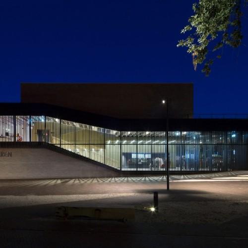 krft-amsterdam-netherlands-museum-art-cultural-building-brick-slatted-timber-architecture_dezeen_2364_col_1-1704x1125