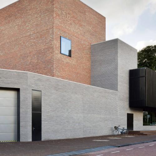 krft-amsterdam-netherlands-museum-art-cultural-building-brick-slatted-timber-architecture_dezeen_2364_col_7-1704x2556