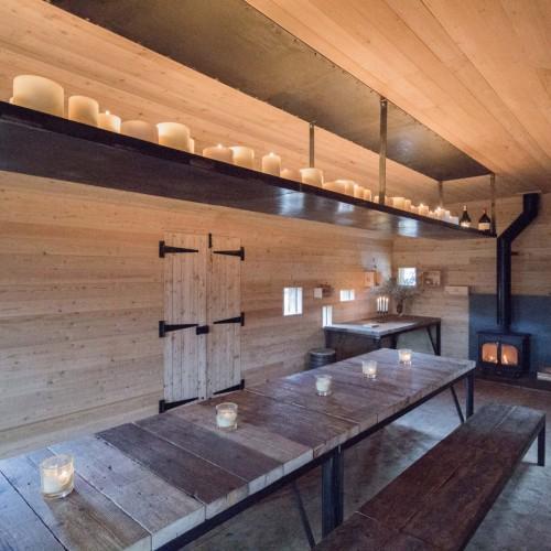 modernist-highland-hut-moxon-architecture-residential_dezeen_2364_col_1-1704x1136