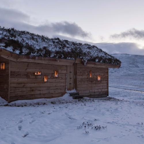 modernist-highland-hut-moxon-architecture-residential_dezeen_2364_col_13