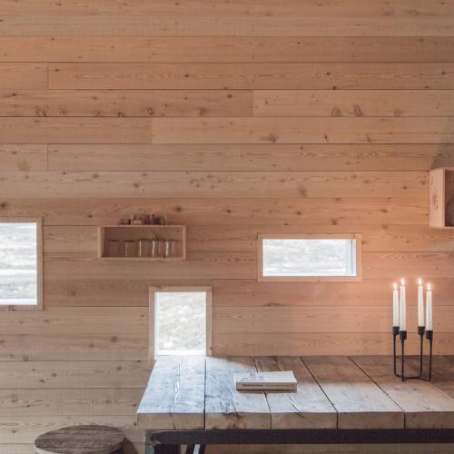 modernist-highland-hut-moxon-architecture-residential_dezeen_2364_col_9-1