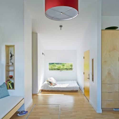 elizabeth-herrmann-architecture-deisgn-micro-house-microhouse-tiny-house-minimal-vermont-usa-jim-westphalen_dezeen_6-1704x1477