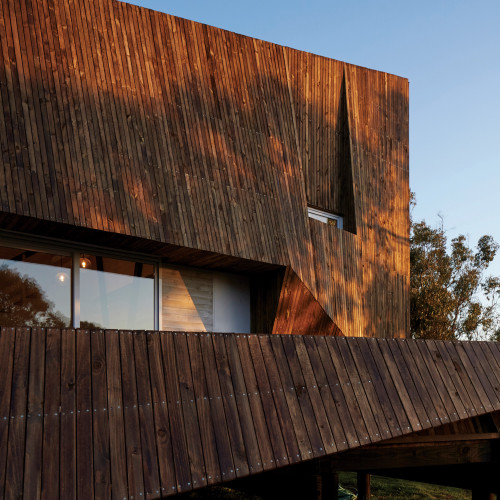 two-skins-house-veronica-arcos-huaquen-del-mar-condominium-chile_dezeen_2364_col_12
