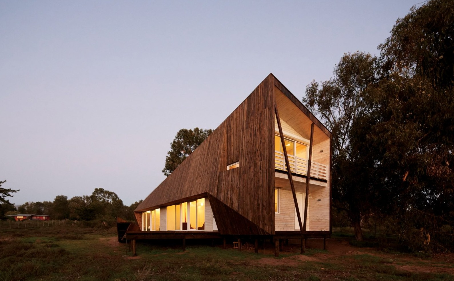 two-skins-house-veronica-arcos-huaquen-del-mar-condominium-chile_dezeen_2364_col_21-1704x1136