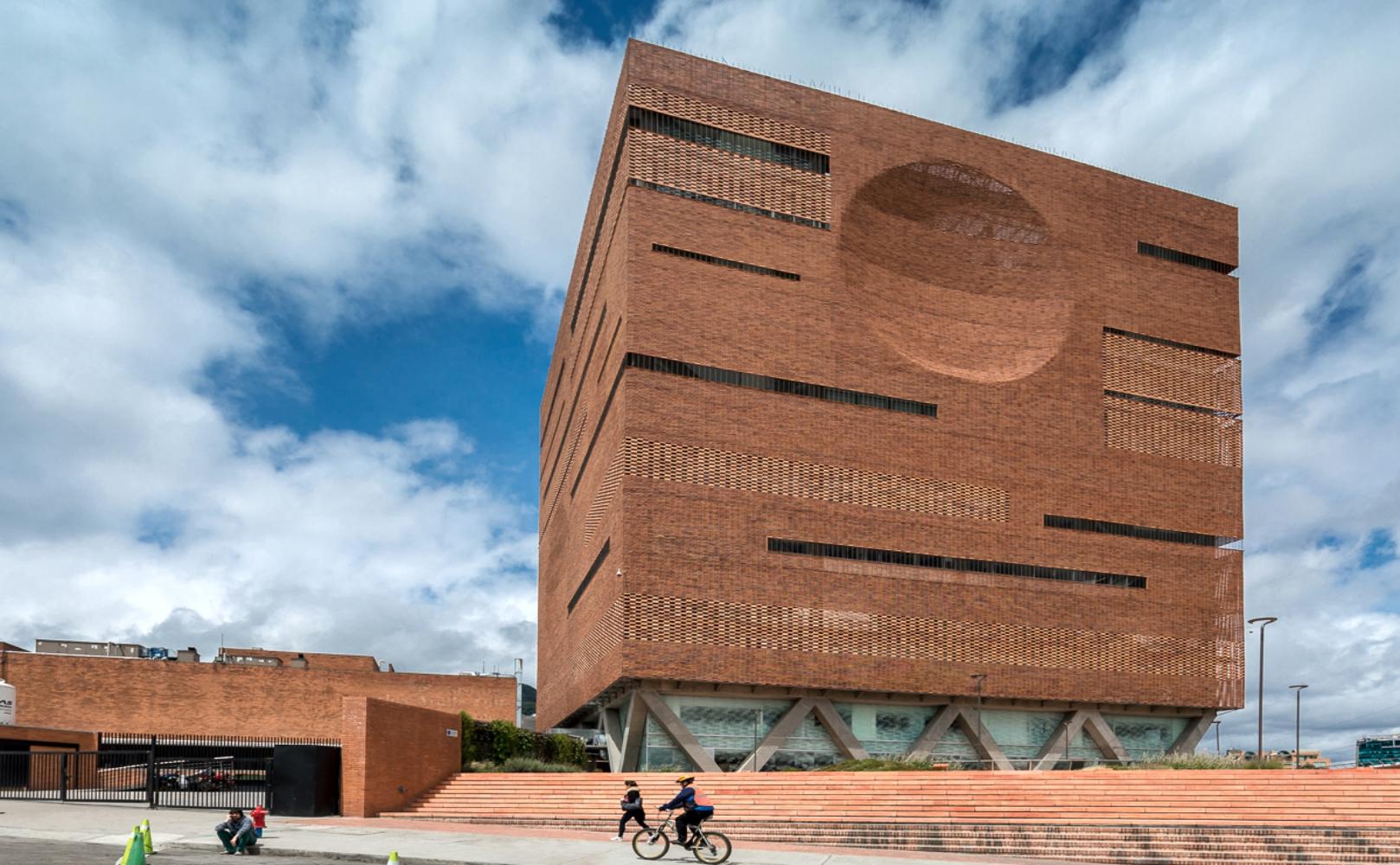 Santa Fe de Bogotá Foundation | El Equipo de Mazzanti