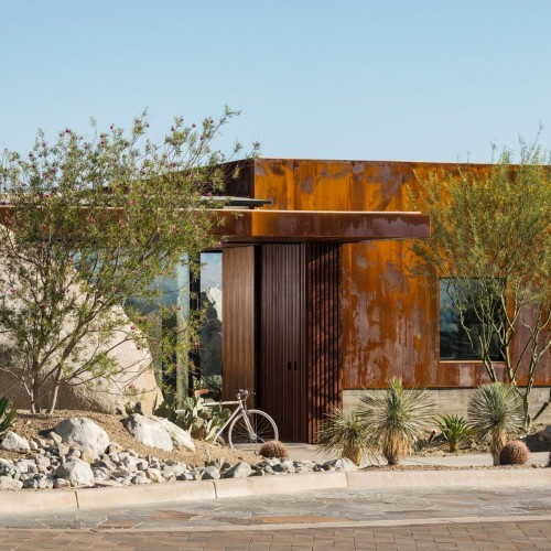 desert-palisades-guardhouse-studio-ar-d-palm-springs-california-usa_dezeen_2364_col_7-1704x1136