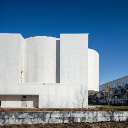 new-church-saint-jacques-alvaro-siza-architecture-public-and-leisure-worship-france_dezeen_2364_col_1