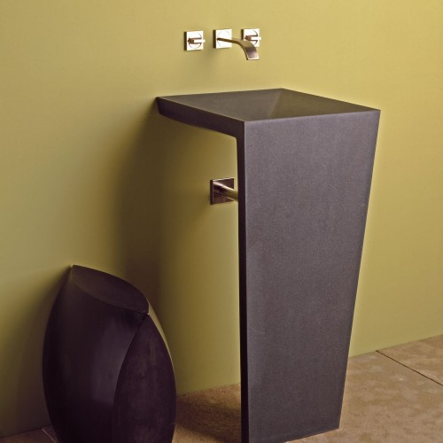 Stone-Forest-C61-Zero-Pedestal-Sink-angle_b90045b1-9bb9-4eb6-8c1c-2f6672dab42a