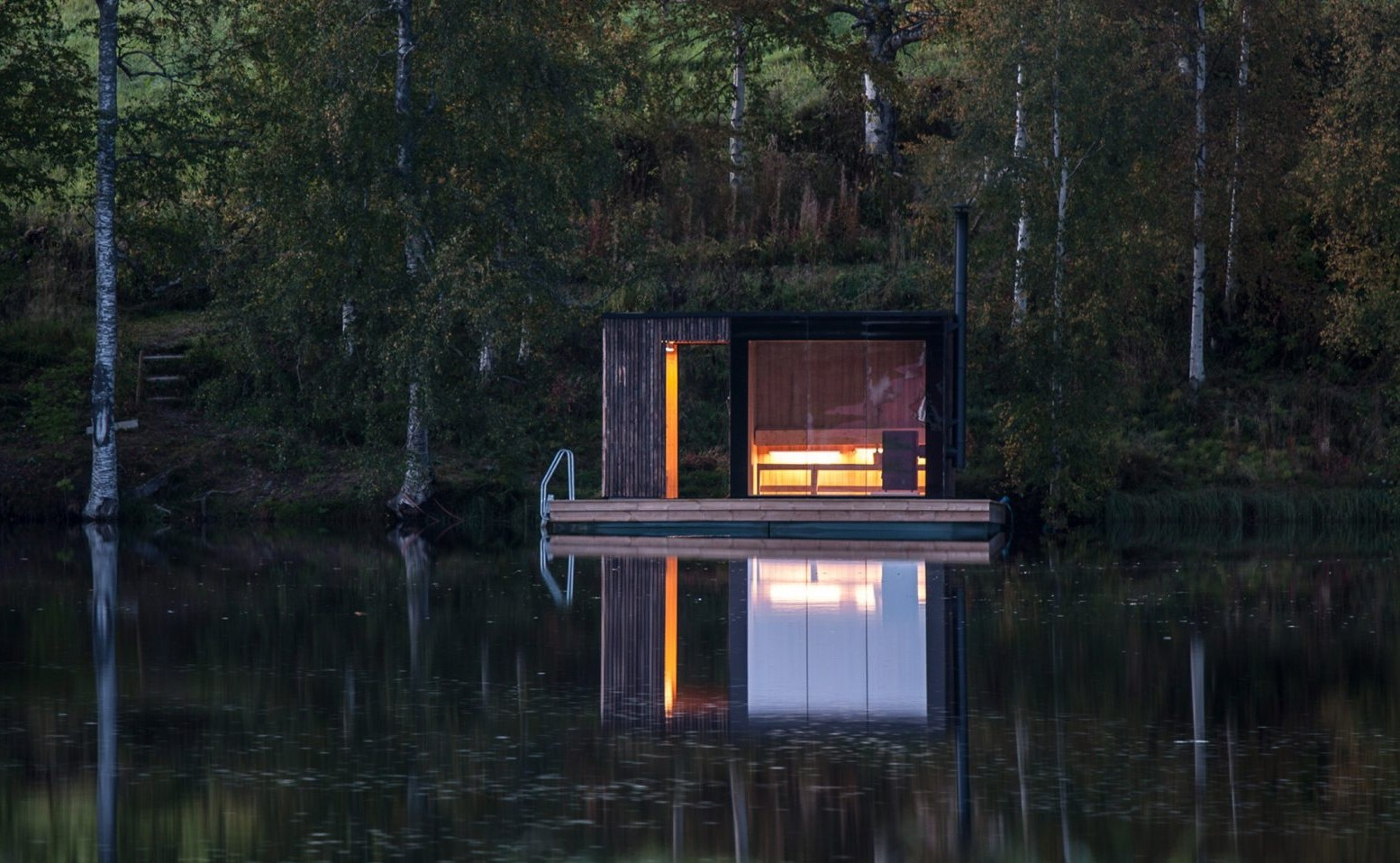 floating-sauna-small-architecture-workshop-marchesi-masperi-panella-bed-breakfast-sweden-nordic-architecture-_dezeen_2364_col_16-1704x959