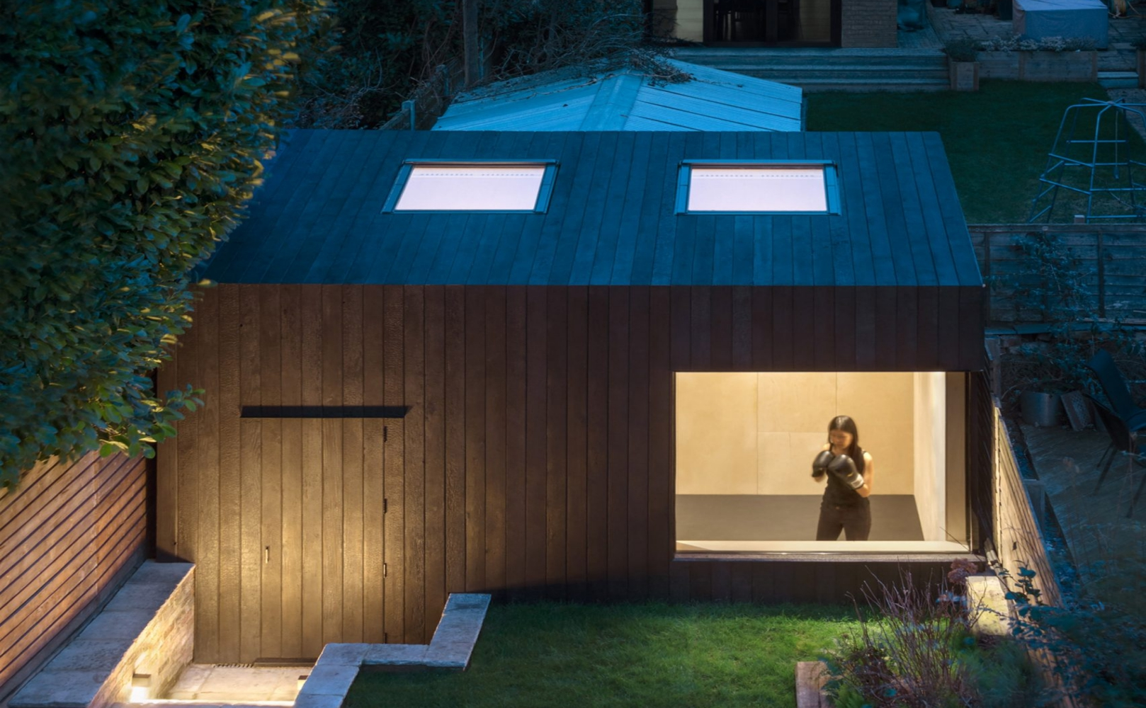 gxxarden-studio-gym-eastwest-architecture-residential-house-shed-timber_dezeen_2364_col_0-1704x2556