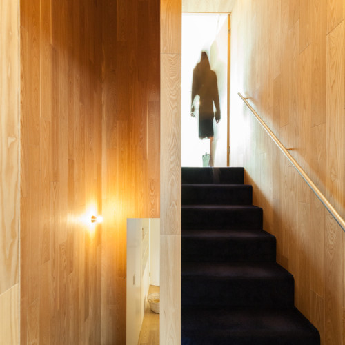 Owner's_inside_stair_(c)Vincent_HECHT