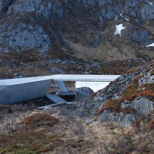 Norwegian-scenic-routes-morfeus-architecture-public-leisure-toilets_dezeen_dezeen_2364_col_8-1704x1278
