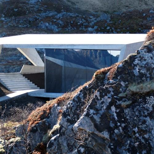 Norwegian-scenic-routes-morfeus-architecture-public-leisure-toilets_dezeen_dezeen_2364_col_9-1704x1278
