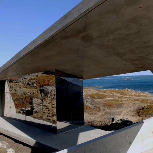 norwegian-scenic-routes-morfeus-architecture-public-leisure-toilets_dezeen_2364_col_3-1704x1278