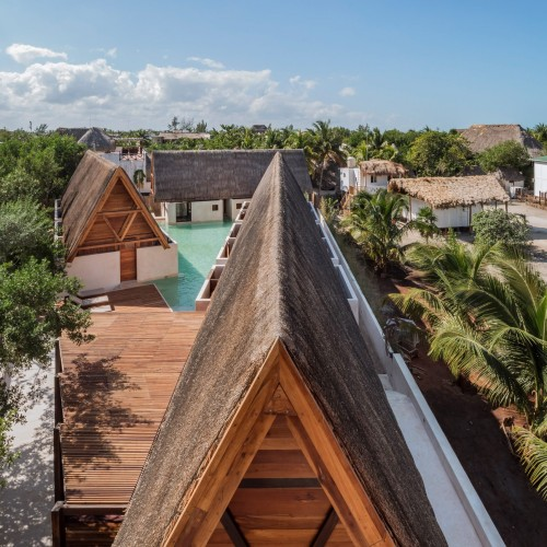punta-caliza-estudio-macias-peredo-architecture-interiors-hotels-holbox-mexico_dezeen_2364_col_10-1704x2556