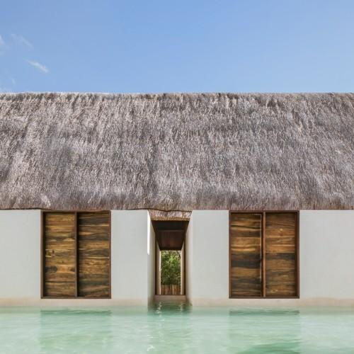 punta-caliza-estudio-macias-peredo-architecture-interiors-hotels-holbox-mexico_dezeen_2364_col_3-1704x1136