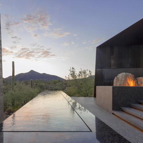 Desert_Courtyard_House_b_-Wendell_Burnette_Architects_dezeen_784_7