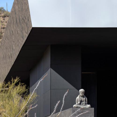 hidden-valley-desert-house-wendell-burnette-architecture-arizona-usa_dezeen_2364_col_0