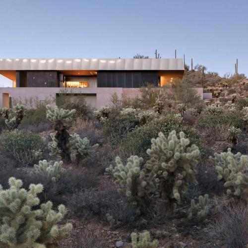 hidden-valley-desert-house-wendell-burnette-architecture-arizona-usa_dezeen_2364_hero-1704x959