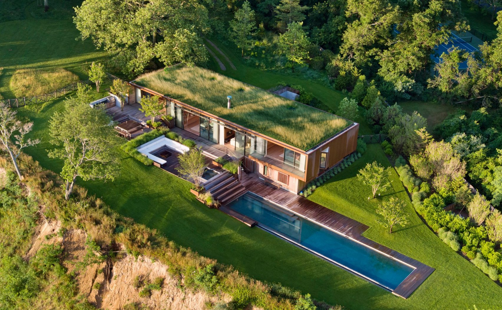 peconic-house-mapos-studio-hamptons-long-island-new-york_dezeen_2364_col_2-1704x1277