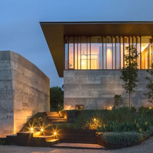 balcones-residence-austin-texas-word-carr-design-group_dezeen-1704x1448