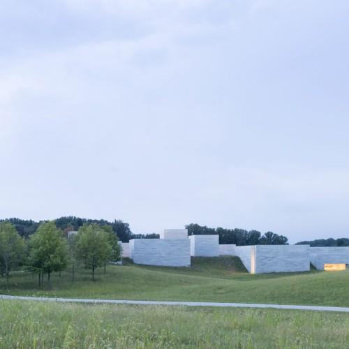 glenstone-museum-thomas-phifer-architecture-maryland-usa_dezeen_2364_col_22-1704x1136