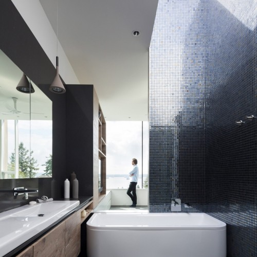 container-house-mcleod-bovell-architecture-vancouver-canada_dezeen_2364_col_13-1704x2556