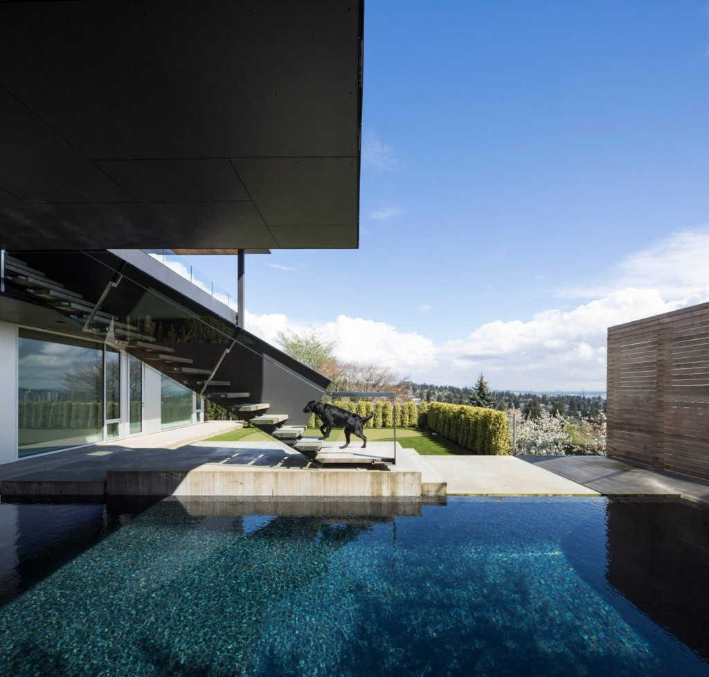 Vancouver Container House Mcleod Bovell