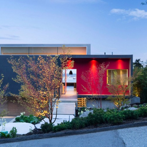 container-house-mcleod-bovell-architecture-vancouver-canada_dezeen_2364_hero-1704x959