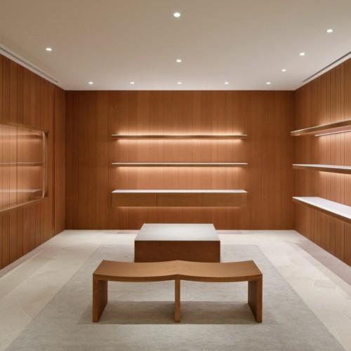 jil-sander-john-pawson-interiors-retail-shops-japan_dezeen_2364_col_0-1704x1136