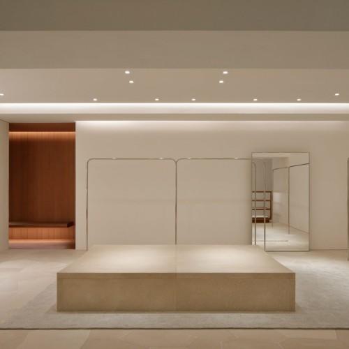 jil-sander-john-pawson-interiors-retail-shops-japan_dezeen_2364_col_5-1704x1136