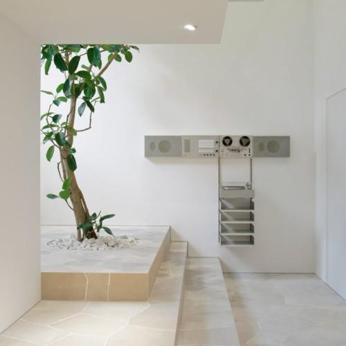 jil-sander-john-pawson-interiors-retail-shops-japan_dezeen_2364_col_7-1704x1136