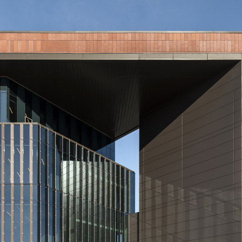 Nursing_and_Science_Building_Ext_Detail_1