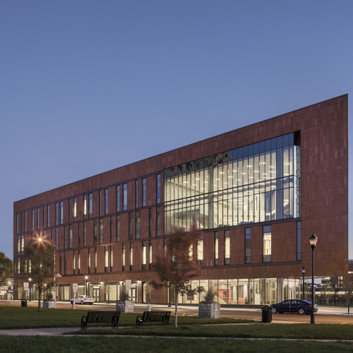 Nursing_and_Science_Building_Ext_North_Dusk_1